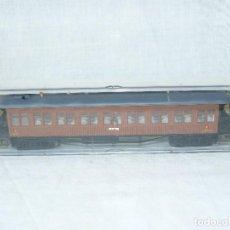 Trenes Escala: ELECTROTREN COCHE DE VIAJEROS MZA MADRID REF. 5006 MARRON, CUATRO EJES ESCALA H0 1:87. Lote 104145179