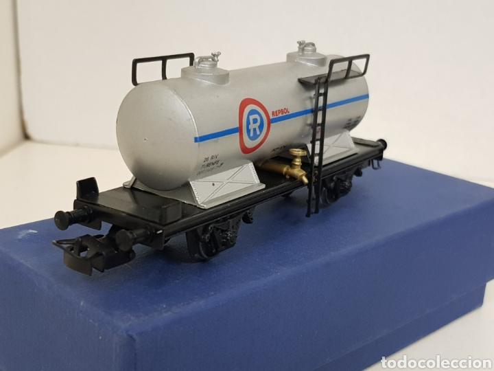 Trenes Escala: Electrotren renfe H0 Repsol vagon CISTERNA antiguo escala H0 gris simbología antigua - Foto 3 - 244545920