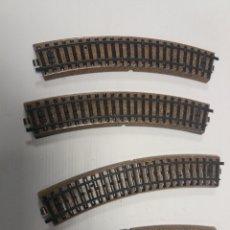 Trenes Escala: VIAS H0 ANTIGUAS 4 CURVAS ELECTROTREN. Lote 138525302
