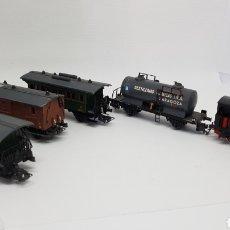 Trenes Escala: ELECTROTREN H0 3002 LOCOMOTORA MZA 179 + VAGON DESTILERIAS QUIMICAS INA + MERCANCIAS + PASAJEROS. Lote 167711968