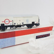 Trenes Escala: ELECTROTREN 1471 VAGON TRANSFESA BLANCO DE MERCANCÍAS CON PUERTA CORREDERA ESCALA H0 15 CMS. Lote 173067169