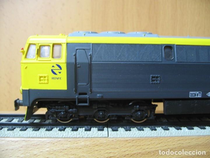 Trenes Escala: ELECTROTREN LOCOMOTORA 333 TAXI LA MAS POTENTE VA SIN CAJA VER FOTOS - Foto 4 - 179211976