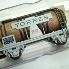 Trenes Escala: VAGON CUBAS VINO TORRES ELECTROTREN HO REF 0820. Lote 181324711
