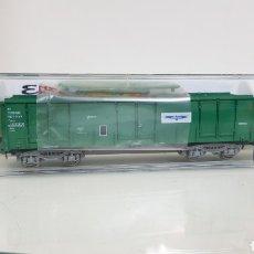 Trenes Escala: ELECTROTREN 5363 K VAGÓN DE MERCANCÍAS VERDE TORRASPAPEL RENFE ESCALA H0 DE 17 CM. Lote 182985590