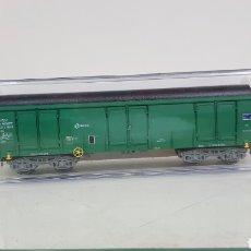 Trenes Escala: ELECTROTREN 5359 VAGÓN ABIERTO RENFE VERDE CON CARGA DE 4 TUBOS ESCALA H0 CORRIENTE CONTINUA 16 CM. Lote 182987440