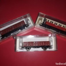 Trenes Escala: LOTE ELECTROTRÉN ANTIGUO 2 VAGONES MERCANCÍAS Y UN VAGÓN PASAJEROS .FABRICADO EN ESPAÑA.. Lote 190025140