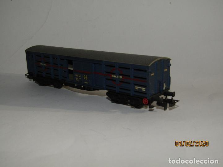 Trenes Escala: Antiguo Vagón Jaula Transporte de Ganado 4 Ejes TRANSFESA en Escala *H0* de ELECTROTREN - Foto 3 - 192964090