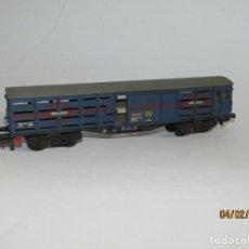 Trenes Escala: ANTIGUO VAGÓN JAULA TRANSPORTE DE GANADO 4 EJES TRANSFESA EN ESCALA *H0* DE ELECTROTREN. Lote 192964090