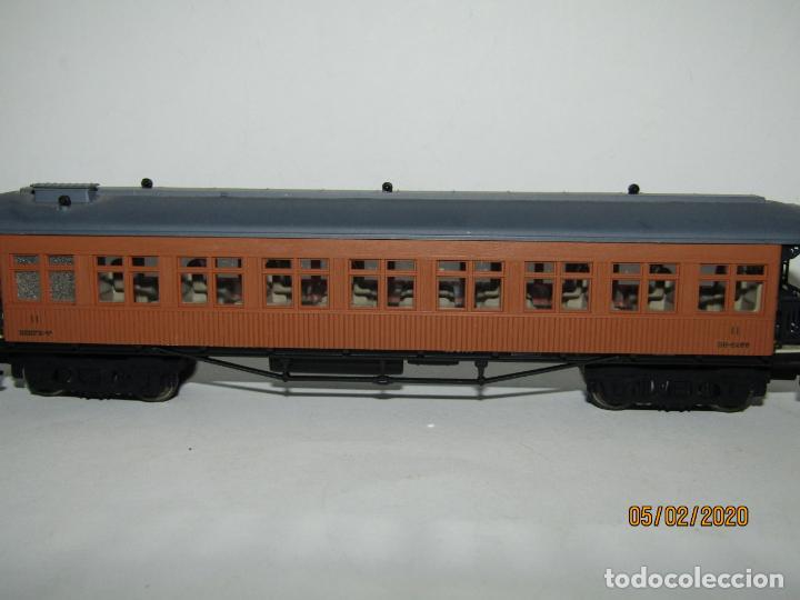 Trenes Escala: Descatalogado Coche Costa 2ª Clase RENFE BB-2455 Ref. 5049K en Escala *H0* de ELECTROTREN - Foto 9 - 193240755
