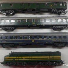 Trenes Escala: LOTE DE VAGONES Y MAQUINA ESCALA HO . Lote 198840257