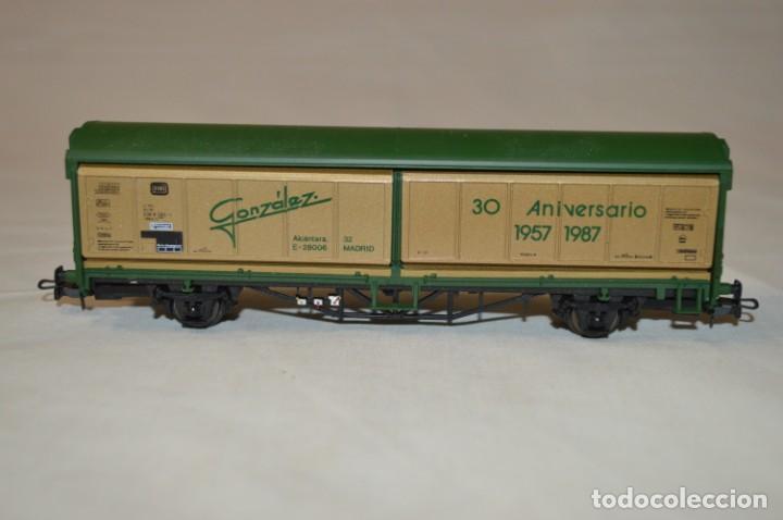 Trenes Escala: Vagón mercancías cerrado de la DB González. 30 aniversario. Esc. H0. Electrotren. romanjuguetesymas. - Foto 2 - 202543370