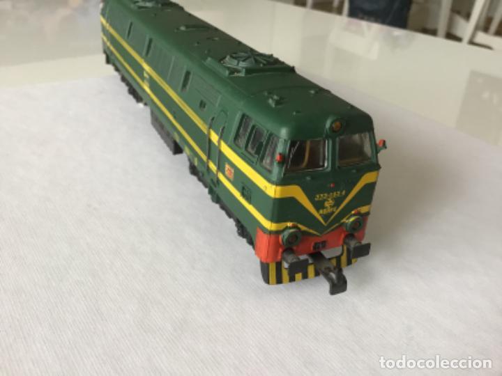 Trenes Escala: H0 Electrotren Locomotora Diésel Renfe 333. Ref. 2020. Años 70. Muy buen estado - Foto 2 - 210132453