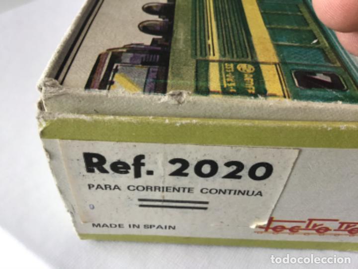 Trenes Escala: H0 Electrotren Locomotora Diésel Renfe 333. Ref. 2020. Años 70. Muy buen estado - Foto 13 - 210132453