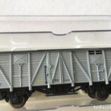 Trenes Escala: ELECTROTREN H0. VAGÓN CERRADO REF 1352. PERFECTO, DE VITRINA.. Lote 210490117