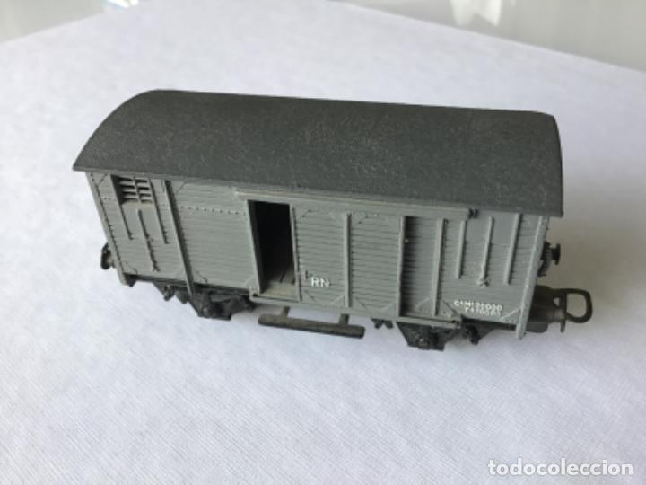 Trenes Escala: Electrotren H0. Vagón cerrado de mercancías de Renfe gris. De vitrina - Foto 3 - 210822910