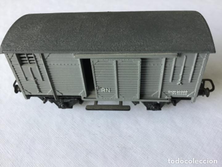 Trenes Escala: Electrotren H0. Vagón cerrado de mercancías de Renfe gris. De vitrina - Foto 5 - 210822910