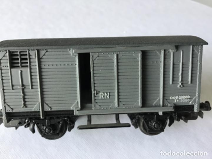Trenes Escala: Electrotren H0. Vagón cerrado de mercancías de Renfe gris. De vitrina - Foto 6 - 210822910