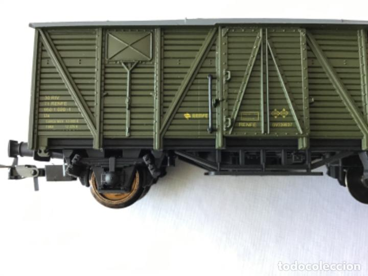 Trenes Escala: Electrotren H0. Furgón mercancías dos ejes Renfe. Ref. 1343. De vitrina - Foto 2 - 210828447