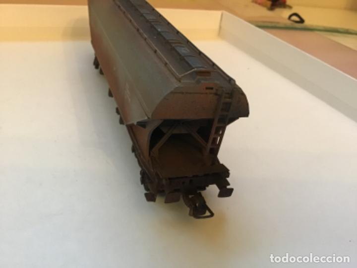 Trenes Escala: Electrotren H0. Vagón mercancías Renfe envejecido por profesional de dioramas. - Foto 3 - 214861443