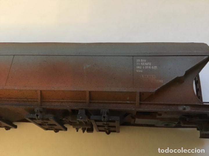 Trenes Escala: Electrotren H0. Vagón mercancías Renfe envejecido por profesional de dioramas. - Foto 5 - 214861443