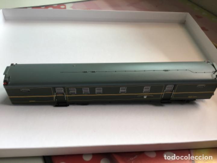 Trenes Escala: Electrotren h0. Vagón furgón correos verde dgdc época III. Precioso. - Foto 3 - 214912761