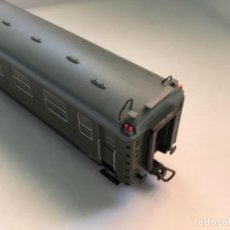 Trenes Escala: ELECTROTREN H0. VAGÓN PRIMERA Y CAFETERÍA RENFE. ATLÁNTICO EXPRESO.MUY BUSCADO. CON LUCES.. Lote 214920752