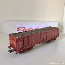 Trenes Escala: ELECTROTREN VAGÓN FAS / EALOS DE RENFE CARGADO CON MADERA. Lote 218510598