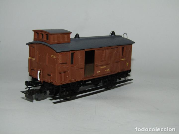 Trenes Escala: Antiguo Furgón de Equipajes y Correos en Escala *H0* de ELECTROTREN - Foto 7 - 219507287