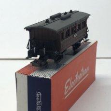 Trenes Escala: ELECTROTREN H0 1501 - VAGÓN MZA DOS EJES COSTA CORTO VIAJEROS CON BALCONCILLOS. Lote 219648802