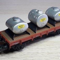 Trenes Escala: VAGÓN BORDE BAJO DEPÓSITOS SEMAT RENFE REF. 1000-5, ELECTROTREN SPAIN H0 1/87, ORIGINAL AÑOS 70.. Lote 220617685