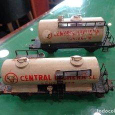 Trenes Escala: DOS VAGONES ELECTROTREN CENTRAL LECHERA SANTANDER. Lote 237457265