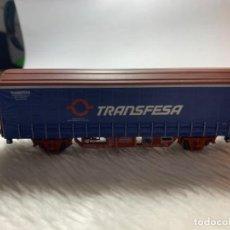 Trenes Escala: VAGON DE TREN TRANSFESA DE ELECTROTREN H0. TIENE PICO ROTO.. Lote 239963890