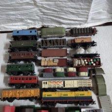 Comboios Escala: ELECTROTREN HO 3002, 17 VAGONES + 118 TRAMOS VIA + 1 PUENTE + 2 TRANSFORMADORES.. Lote 241738735