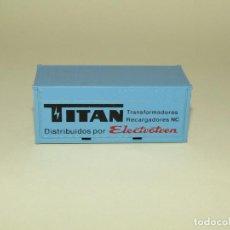 Trenes Escala: ANTIGUO CONTENEDOR PUBLICIDAD DE TITAN EN ESCALA *H0* DE ELECTROTREN. Lote 245442630