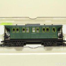 Trenes Escala: ANTIGUO COCHE 3ª CLASE MZA VERDE REF. 1511K ESCALA *H0* DE ELECTROTREN. Lote 245451370