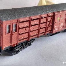 Trenes Escala: ELECTROTREN H0, VAGÓN CERRADO REF 5103 CON PUERTAS CORREDERAS, EN CAJA. Lote 253919540