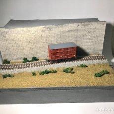 Trenes Escala: ELECTROTREN 1930 VAGÓN JAULA + DIORAMA. Lote 254377355