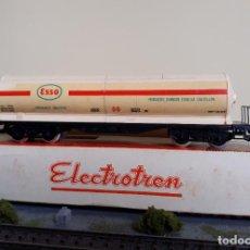 Trenes Escala: ELECTROTREN H0 VAGÓN GRAN CISTERNA DE BOGÍES, DE ESSO S.A. (CASTELLÓN), REFERENCIA 5300.. Lote 255426730