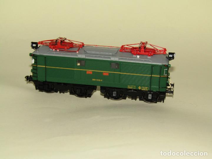 Trenes Escala: Locomotora Eléctrica RENFE 281 Ref. 2753 en Escala *H0* de ELECTROTREN - Foto 2 - 256057065