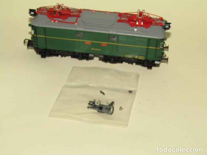 Trenes Escala: Locomotora Eléctrica RENFE 281 Ref. 2753 en Escala *H0* de ELECTROTREN - Foto 3 - 256057065