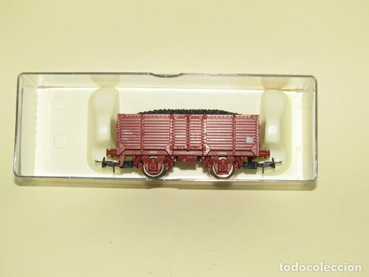 Trenes Escala: Antiguo Vagón Borde Alto Elmo con Carbón de RENFE en Escala *H0* Ref. 1924 de ELECTROTREN - Foto 5 - 257493125