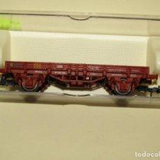 Trenes Escala: ANTIGUO VAGÓN BORDE BAJO EN ESCALA *H0* REF. 1020 DE ELECTROTREN. Lote 257520205