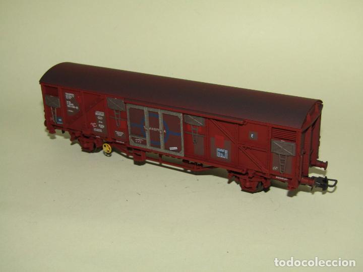 Trenes Escala: Antiguo Vagón Cerrado Gbs TRANSFESA Rojo Óxido en Escala *H0* Ref. 1460K de ELECTROTREN - Foto 6 - 257521740