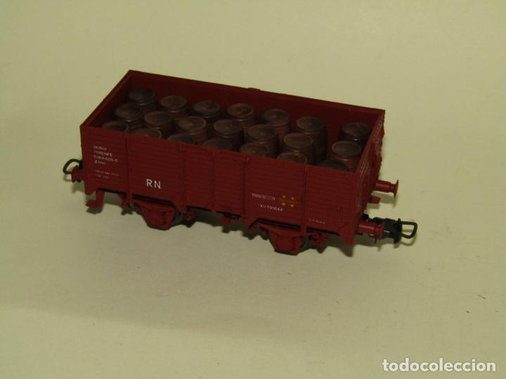 Trenes Escala: Antiguo Vagón Borde Alto RENFE con 21 Barriles Toneles en Escala *H0* Ref. 1922 de ELECTROTREN - Foto 6 - 257527730