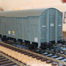 Trenes Escala: ELECTROTREN REF. E1827 VAGÓN CERRADO TIPO J RENFE ESTADO ORIGEN ÉPOCA III GRIS H0. Lote 258036855