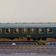 Trenes Escala: ELECTROTREN (ALTAYA) H0 COCHE DE VIAJEROS 2ª CLASE, S/8000 BB - 8586, DE RENFE, S/R.. Lote 263204520