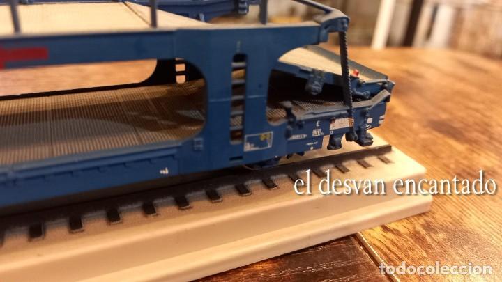 Trenes Escala: Electrotren HO. Doble vagón transporte coches TRANSFESA sobre via expositora. VER FOTOS - Foto 4 - 278369678