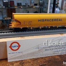 Trenes Escala: ELECTROTREN HO. VAGÓN CISTERNA HISPACEREAL DE TRANSFESA SOBRE VIA EXPOSITORA. VER FOTOS. Lote 278369873