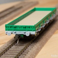 Trenes Escala: ELECTROTREN REF.76979 VAGÓN PLATAFORMA KS RENFE EPOCA V VERDE H0. Lote 284351348