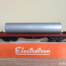 Trenes Escala: ELECTROTREN H0 VAGÓN PLATAFORMA DE BOGÍES CARGADO CON UN TUBO, DE RENFE, REFERENCIA 5125.. Lote 287897078